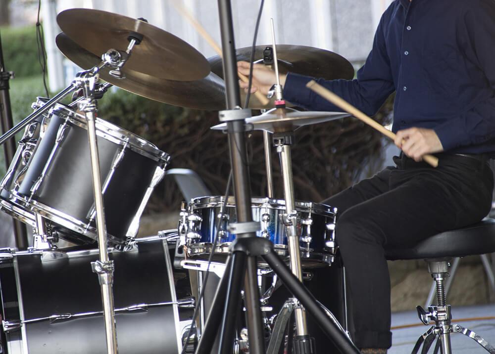 ドラム初心者が1時間でコピーできるオススメ曲!