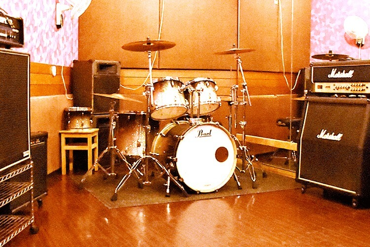 スタジオ・サン