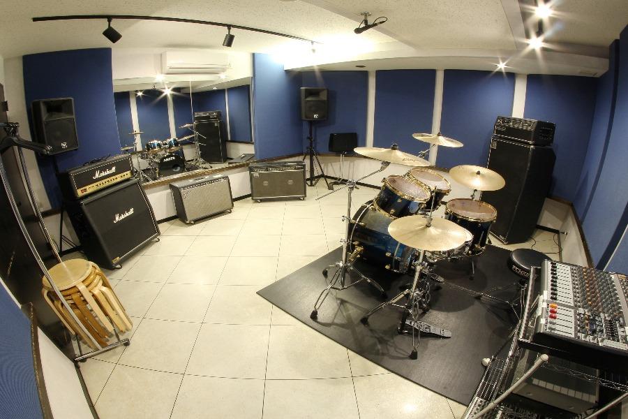 スタジオミュジック