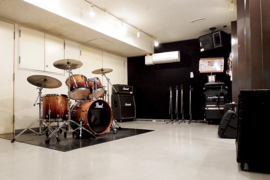 サウンドスタジオ八泉